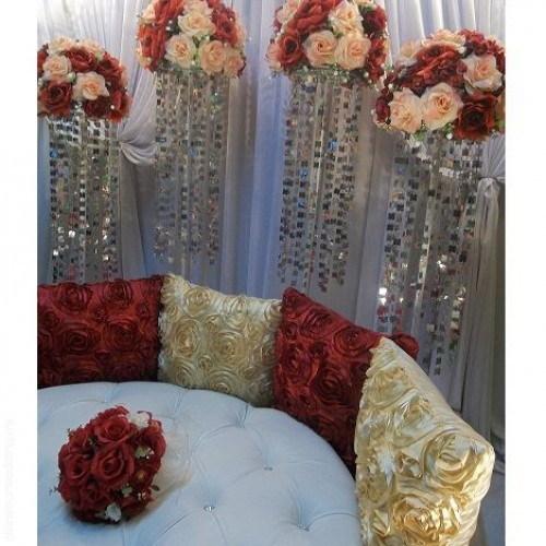 Planyourwedding your wedding ideas and inspiration mini pelamin maroon peach norziehan junglespirit Choice Image