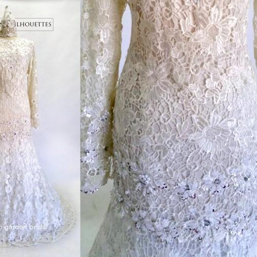 Dress kahwin prada lace image
